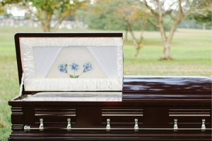 serenity-casket-package-comforting-solace-04