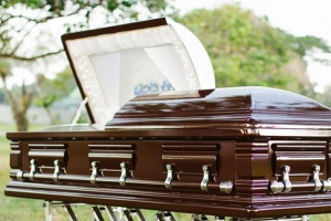 serenity-casket-package-comforting-solace-05