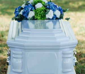 serenity-casket-package-solemn-tribute-02